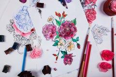 Творческая таблица эскизов чертежа художника Стоковые Фотографии RF