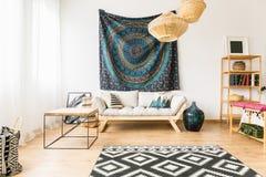 Творческий дизайн живущей комнаты стоковая фотография rf