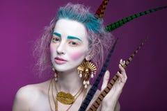 Творческий портрет молодой женщины с художническим составом Стоковые Фотографии RF