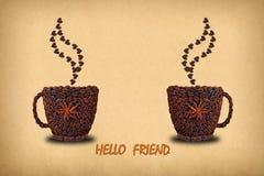 Творческое фото концепции 2 чашек кофе и сердец сделало o Стоковые Фото