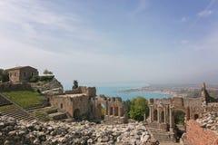 Театр древнегреческия Taormina, Сицилии, Италии 17-ое апреля 2018 стоковые изображения rf