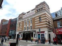 Театр места Уотфорда, дорога 20 Clarendon, Уотфорд стоковая фотография