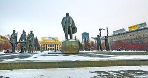 Театр оперы и балета и скульптурный состав novosibirsk Стоковые Фото