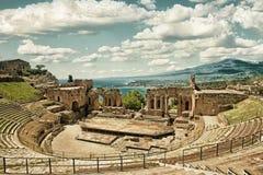 Театр HDR ` s Taormina стоковое фото