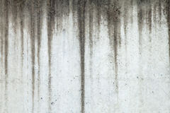 Текстура бетонной стены при отметки о подъеме воды бежать вниз Стоковое Изображение RF