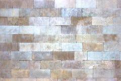 Текстура белых мраморных блоков, яркая каменная стена как backgroun Стоковые Изображения