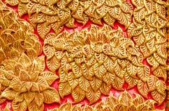 Текстура дерева цвета штукатурки белого на Wat Prathat Lampang Luang Стоковые Фото