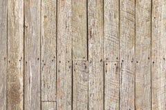 Текстура деревенской выдержанной древесины амбара с ржавыми ногтями Стоковое Изображение