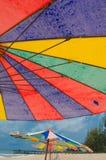 Текстура зонтика на пляже Стоковые Фото