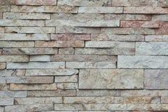 Текстура - искусственное façade декоративного камня Текстура предпосылки каменной стены декоративного серого цвета грубая Стоковое Изображение