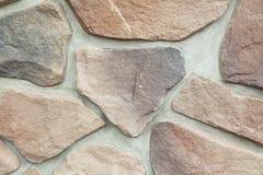 Текстура - искусственное façade декоративного камня Текстура предпосылки каменной стены декоративного серого цвета грубая Стоковое Изображение RF