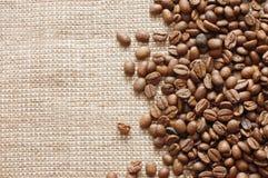 текстура кофе мешковины фасолей Стоковая Фотография