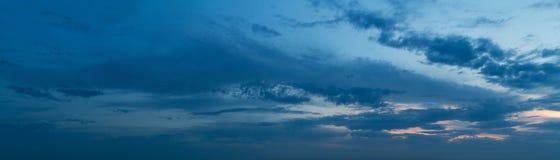 текстура неба небес вечера Стоковое Изображение RF