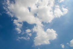 Текстура облака на небе стоковое изображение rf