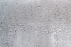 Текстура падения дождя на стеклянной влажной прозрачной предпосылке Стоковое Изображение