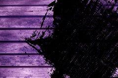 Текстура планки деревянной скамьи Grunge ультра фиолетовая для вебсайта или мобильных устройств, элемента дизайна Стоковые Изображения