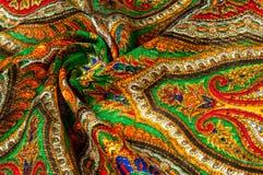 Текстура, предпосылка, картина Головной платок женщины, шаль Яркий c Стоковое Изображение RF