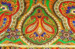 Текстура, предпосылка, картина Шаль женщины, шаль яркий цвет Стоковая Фотография