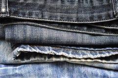 Текстура предпосылки джинсовой ткани голубых джинсов Стоковые Изображения