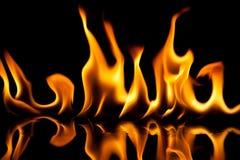 Текстура пламени на черной предпосылке Стоковые Изображения RF