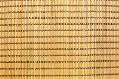 Текстура салфетки соломы на таблице стоковое фото rf