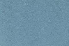 Текстура старого крупного плана голубой бумаги Структура плотного картона Лазурная предпосылка Стоковое Фото