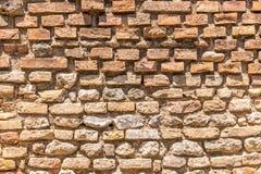 Текстура старой несенной кирпичной стены с оранжевым цветом стоковое фото rf