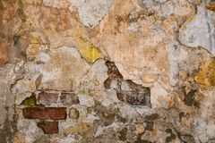 Текстура старой стены утеса для предпосылки с окнами Стоковые Фото