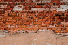 Текстура старой стены утеса для предпосылки с окнами Стоковая Фотография