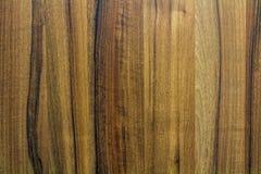 Текстура темного коричневого цвета деревянная с естественной картиной для предпосылки, деревянная поверхность для добавляет текст Стоковая Фотография RF