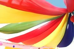 Текстура ткани радуги настолько красочная использовать украшение Стоковые Фото