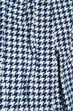 Текстура, ткань, предпосылка Диамант сини картины вязания крючком ткани Стоковое Фото