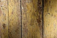 Текстура треснутых деревянных панелей покрытых с, который слезли краской Стоковое фото RF