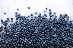Текстура ягод голубики закрывает вверх Дизайн границы Свежая предпосылка голубик с космосом экземпляра для вашего текста vegan стоковые изображения