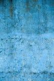 Текстурированная голубая стена с пятнами и пятнами Стоковые Изображения RF