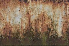 Текстурированная загородка металла ржавая стоковые изображения