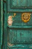 текстурированная старая двери Стоковые Изображения