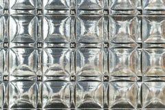 Текстурированная стеклянная панель с сильными отражениями и глубокими тенями Стоковое Изображение