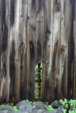 Текстурированная сломанная деревянная стена Стоковое Фото