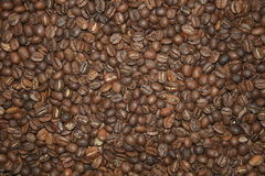 текстурированный большой кофе фасолей предпосылки темный Стоковые Фотографии RF