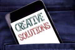 Текст объявления почерка показывая творческие решения Концепция дела для бредовой мысли думая написанный мобильный телефон телефо Стоковое Фото