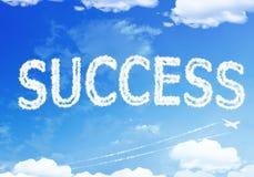 Текст облака: Успех на небе Стоковое Фото