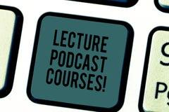 Текст почерка писать курсы Podcast лекции Концепция знача онлайн распределение записанного материала лекции стоковое фото rf