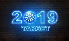 Текст сияющей цели 2019 с dartboard на стене стоковая фотография rf