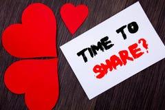 Текст сочинительства показывая время делить вопрос Концепция знача ваш рассказ деля данные по предложения обратной связи написанн Стоковые Изображения