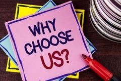 Текст сочинительства слова почему выберите нас вопрос Концепция дела для причин выбрать наши продукты или предложения обслуживани стоковая фотография