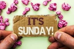 Текст сочинительства слова свой звонок воскресенья Концепция дела для Relax наслаждается ослаблять дня отдыха каникул выходных пр стоковые фото
