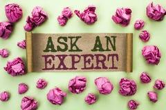 Текст сочинительства слова спрашивает специалисту Концепция дела для Consult профессиональный просить совет делает вопрос написан стоковые изображения