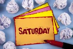 Текст суббота сочинительства слова Концепция дела на первый день момента отдыха каникул времени выходных расслабляющего Концепция стоковое изображение rf