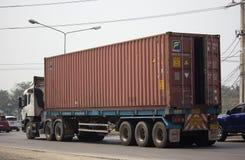 Тележка груза контейнера трейлера Jakkaphat Компании Стоковая Фотография